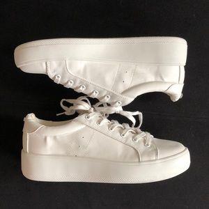 Steve Madden Bertie sneakers - EUC